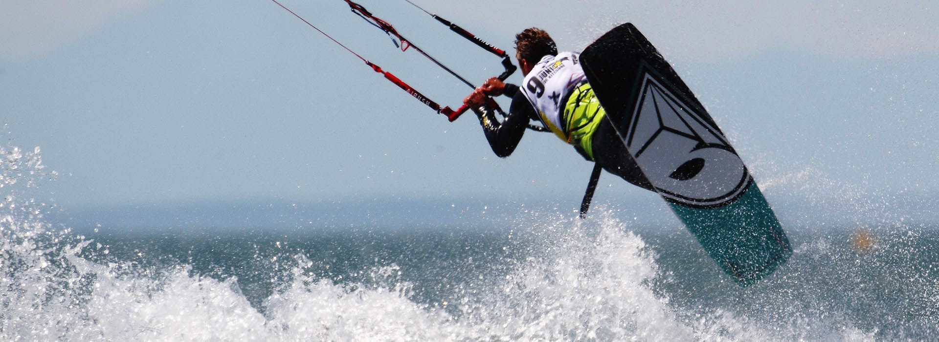 Improve your Kitesurfing skills in the South of France